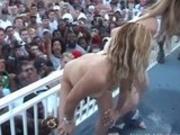 Girls In Their Sexy Bikinis