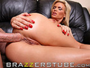 Diamond Foxxx embraces her butt and loves it
