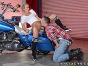 Brazzers - Sexy bicker babe Tucker Starr gets fucked