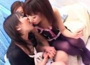Lesbian Kissing Threesome