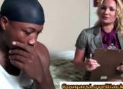 Interracial cougar Flower Tucci gets off
