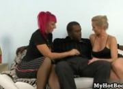 Blonde haired Kimmi King and pink haired Raven B