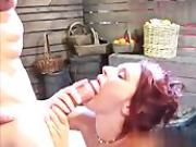 Dani Woodward is a very sexy redhead who has natu