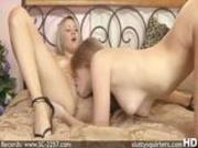 Sindee & Faye fucking