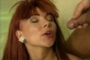 Piss: Pornstar Helen Duval Piss Drinking