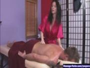 Rayveness Gives a Provocative Massage
