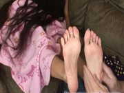 Petite Feet Give Footjob Cum Eruption