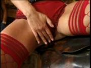 sLiNkY bAbE bEcKoNs aTtEnTiOn