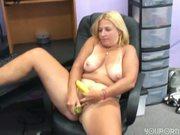 Liisa plays with bananas - Mavenhouse