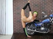 Sexy gymnast Ninka Motik