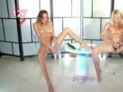Orgasm World Championship: Katya Clover VS Izzy Delphine