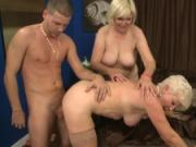 Grannies Mrs.Jewel and Lola Have a Hot Threesome
