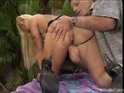 Fiona Cheeks likes his cock