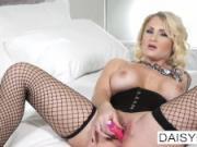 Tattooed & pierced Daisy Monroe masturbates for the camera