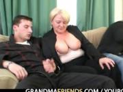 Old babe is picked up and double fucked