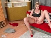 Leggy blonde with big natural boobs Sapphire Blue fingers herself in RHT nylons and garters