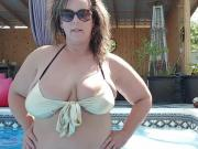 BBW Wife in Bikini