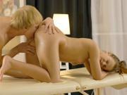 Ariana Jollee enjoys oily pussy fingering