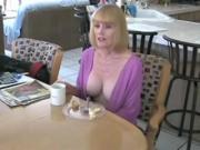 Mamma gode a colazione