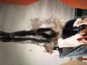 Kate Beckinsale lather shine pant cum tribute cam1