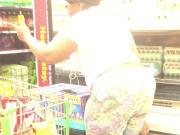Candid BBW Ebony Mom showing out