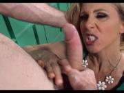 Cop gets Sucked off by perfect MILF