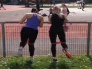 deux copines qui fond du sport