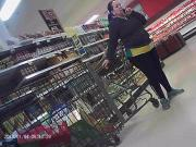 BIG ASS ON LATINA MILF GROCERY SHOPPING LEGGINGS