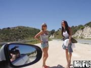 Mofos - Stranded Teens - Ally and Angie - Finger-banged Squi