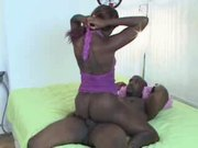 EBONY CHICK SUCKS DICK AND FUCKS HUM