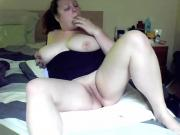 thick girl gets naughty