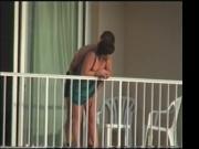 Pillados en balcon