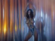 I'M A STRIPPER - huge boobs dance striptease club