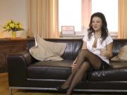UK babe POV gets her cut drilled