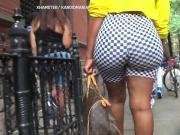 Spycam Big booty woman