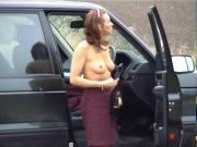 English Lady - Striptease at the car