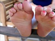 HouseWife Soles And Toes