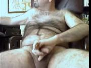 Hairy bear cumming on cam