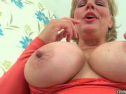 British milf Danielle is dildoing her creamy pussy