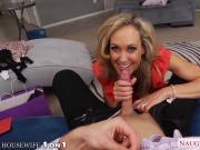 Hottie housewife Brandi Love slurp cock in POV style