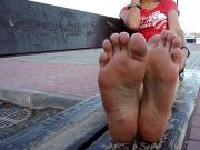 smelly dirty feet