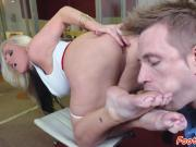 Busty babe toelicked in the office