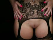 Goddess Vanessa Cage wants you to jerk off