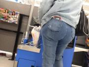 Ghetto Bubble Booty In Jeans GHETTO CANDID
