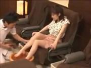 Japanese foot massage