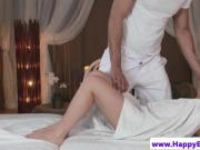 Beatiful wam babe pussyfingered by masseur