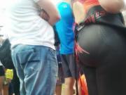 Big booty in spandex