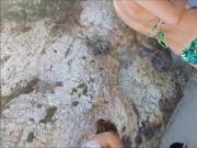 des culs en Corse plage