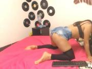colombiana-japonesa en webcam