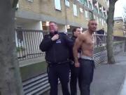 se mijando de medo da policia